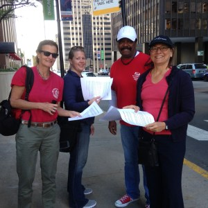 Leafleting outside APME meeting in Chicago